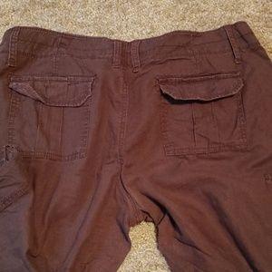 Old Navy Shorts - Old Navy cargo shorts size 14